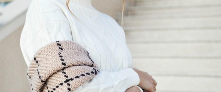 sweter dla kobiety dojrzalej