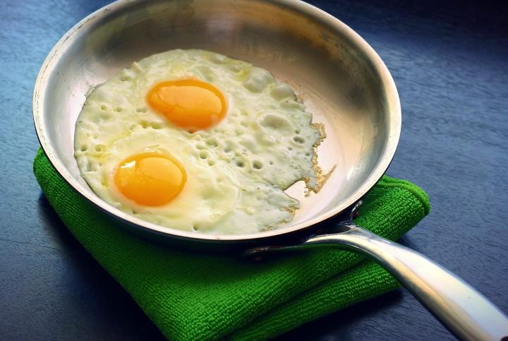 smazenie jajka