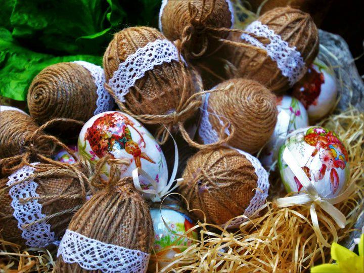 sznurowane jajka