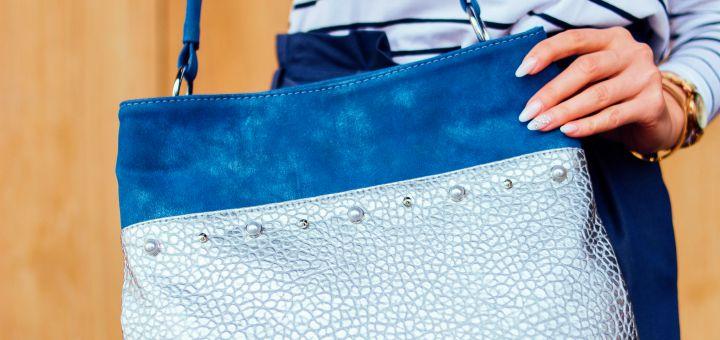 kolorowe torebki na lato dla dojrzalej kobiety