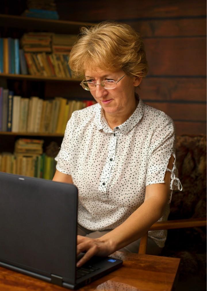 Seniorka z plecakiem – blog podróżniczy kobiety dojrzałej