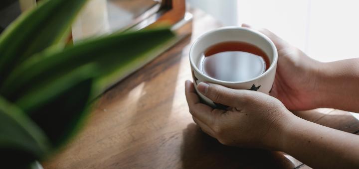 sposoby na przejedzenie herbata ziołowa zioła