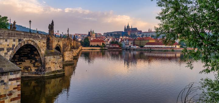 najbardziej romantyczne miasta europy praga