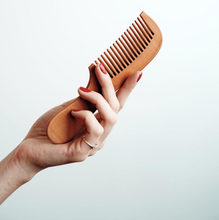 Czesanie cienkich włosów